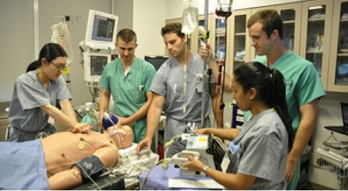 ICAHN SCHOOL OF MEDICINE AT MOUNT SINAI SIMULATION HELPS CENTER