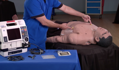 Preparing Apollo, METIman or iStan for Standard Defibrillation, Cardioversion, and Pacing_fr